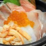 【食べ歩き】境港で新鮮、ボリューム満点の特上海鮮丼!「山陰・日本海 漁師小屋」