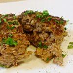 牛塊肉を刻んで作った100%ビーフハンバーグ