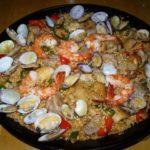 玉村豊男さんのレシピで海鮮、鶏肉を使った深い味のパエリア