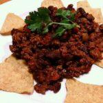 牛バラ肉を刻んで作るチリコンカン