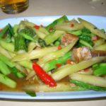 バンコク ソーントンポーチャナー パッカナーパープラーケム(カイラン菜と塩魚の炒め物)とムー・サテ 2008年タイ旅行