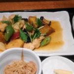 ランチ 新宿御苑 鶏料理 春京 鶏むね肉と秋野菜の南蛮漬け定食