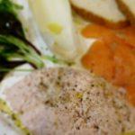 料理 ハムのムース、牡蠣のアヒージョ