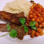 仔羊のスパイスソテー ひよこ豆と野菜のソースクスクス添え
