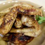 簡単おつまみ 魚焼きグリルで作る手羽先の五香粉(ウーシャンフェン)焼きとフライパンで作る茄子のパルミジャーノチーズ焼きバジル風味