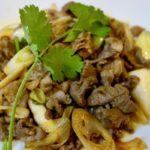 【簡単本格】ラム肉とネギの相性良好!孜然羊肉( Cumin Lamb)中国新疆料理 クミン香るラム肉ネギの炒め