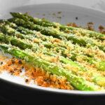 香ばしさとしっとり感!福島県産アスパラガスのクリスピーパン粉焼き